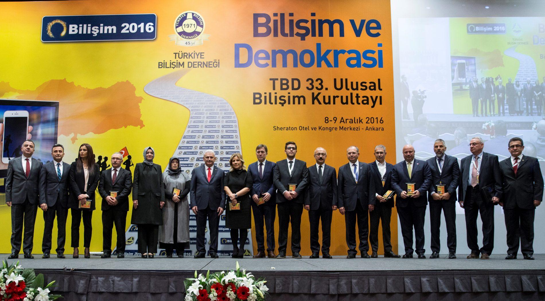 TBD Bilişim ve Demokrasi Ödülleri Sahiplerini Buldu