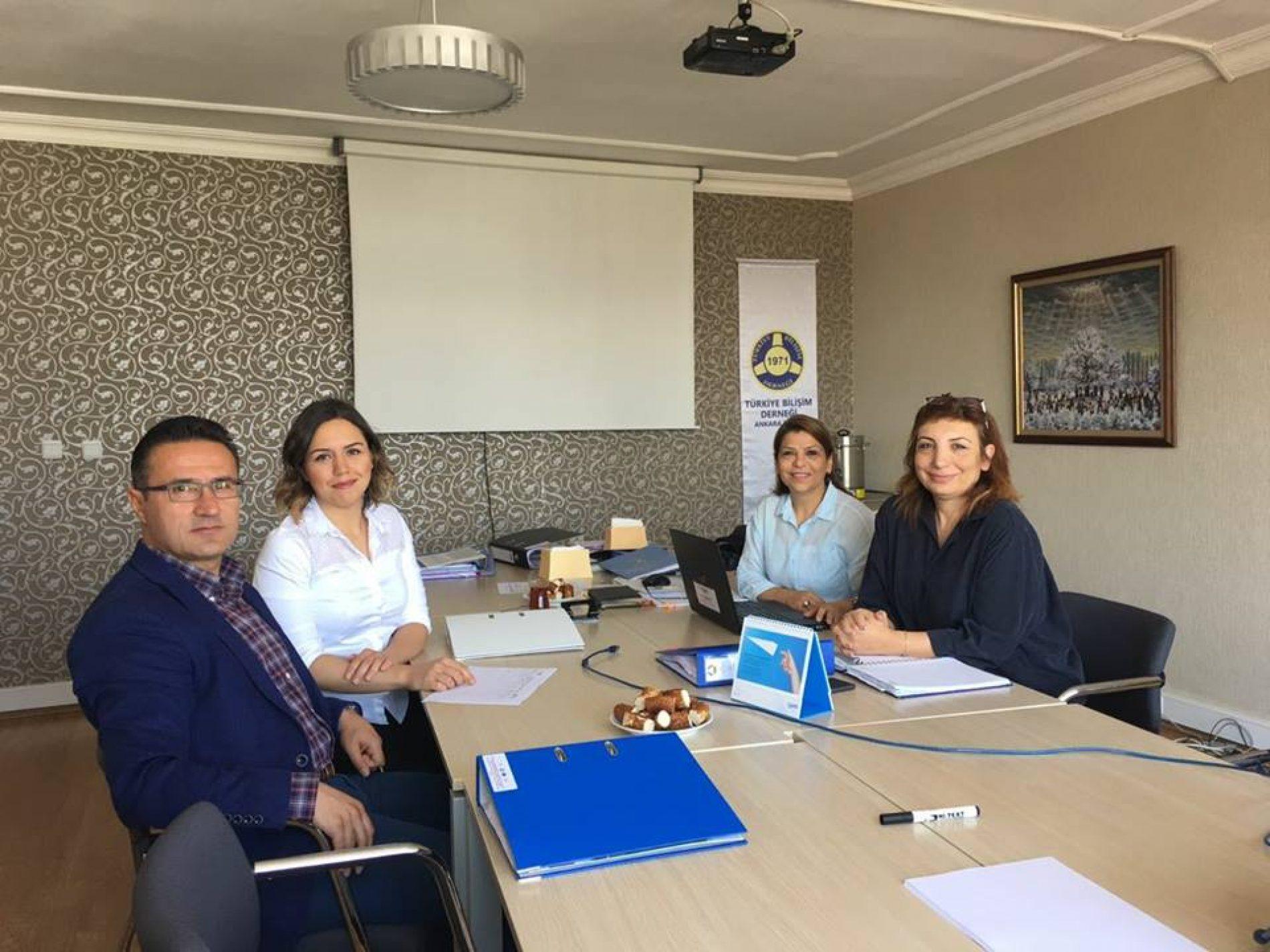Bilişimle Girişimci Kadın Projesi son izleme ve değerlendirme toplantısı