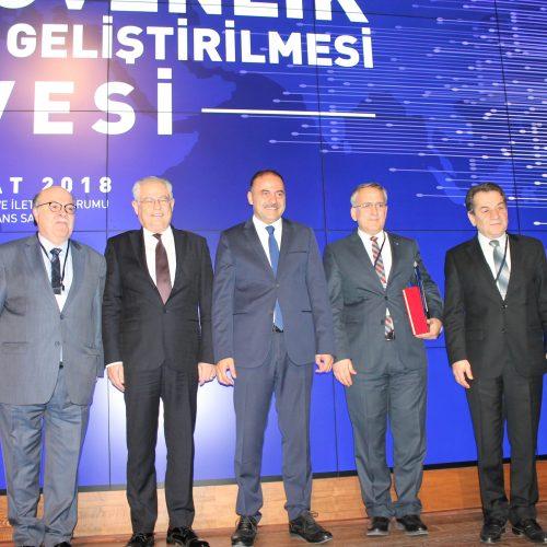 2018 Siber Güvenlik Ekosisteminin Geliştirilmesi Zirvesi Ankara'da Yapıldı