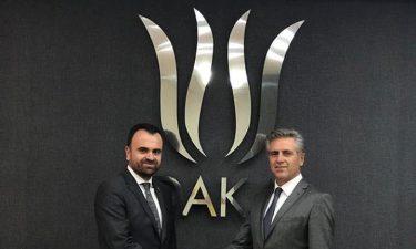 """""""Dijital İpekyolu Atölyesi Geleceği Kodlayan 65 Vanlı"""" Projesinin İmza Töreni Gerçekleştirildi"""