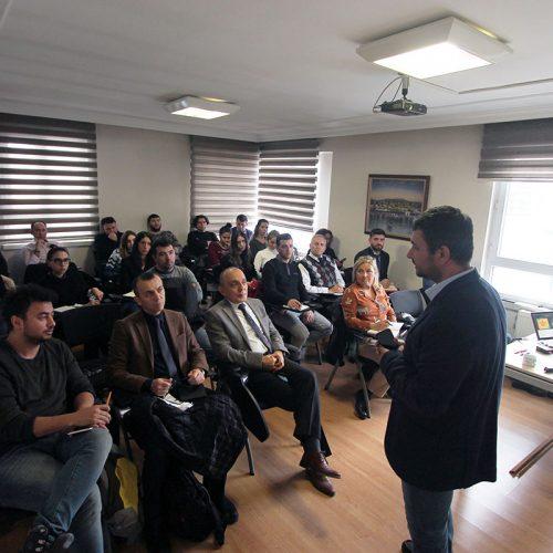 """""""Etkili Sosyal Medya Yönetimi"""" Eğitimi Tamamlandı"""
