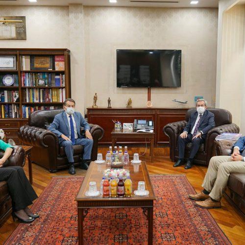 TBD Heyeti Ankara Üniversitesi Rektörü Sayın Prof. Dr. Necdet ÜNÜVAR'ı Makamında Ziyaret Etti
